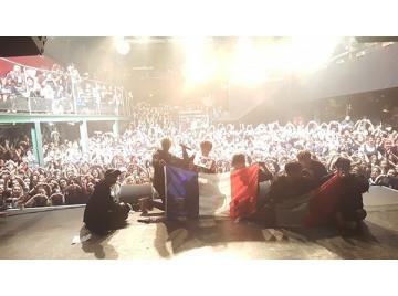 투포케이(24K), 파리 공연 열광…20여 명 실신 응급조치